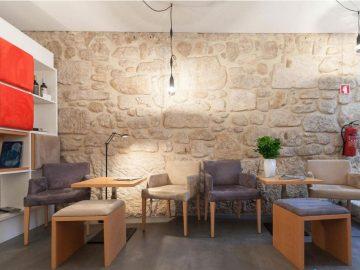 Microcimento Microcrete reveste divisões do InPátio Guest House